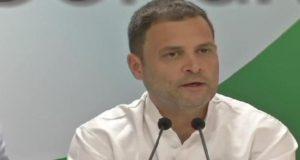 राफेल डील में कांग्रेस अध्यक्ष राहुल गांधी ने कहा कि प्रधानमंत्री नरेंद्र मोदी को इस्तीफ़ा दे देना चाहिए