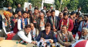 कांग्रेस  हमेशा से आम आदमी के साथ खड़ी रहने वाली और उनके हितों के लिए कार्य करने वाली पार्टी है —-राजबब्बर