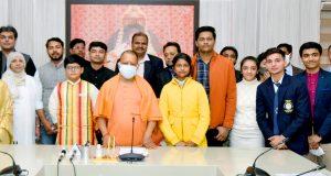 मुख्यमंत्री ने 'प्रधानमंत्री राष्ट्रीय बाल पुरस्कार-2021' से सम्मानित प्रदेश के 5 विजेताओं से भेंट की