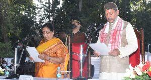 तीरथ सिंह रावत उत्तराखंड के नौवें मुख्यमंत्री , राज्यपाल ने दिलाई शपथ