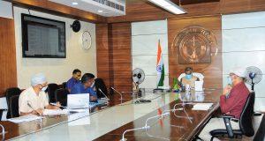 मुख्य सचिव की अध्यक्षता में नमामि गंगे परियोजनाओं की समीक्षा बैठक,  46 में से 21 परियोजनाएं पूर्ण, 19 परियोजनाओं का कार्य प्रगति पर