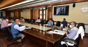 मुख्य सचिव की अध्यक्षता में एसजीपीजीआईएमएस गवर्निंग बाॅडी की बैठक