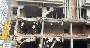 एलडीए ने बसपा के पूर्व सांसद दाउद अहमद  की अवैध बिल्डिंग गिराई ,कीमत करीब 50 करोड़
